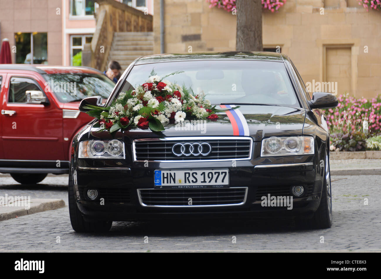 Black Audi A8 Station Wagon Wedding Car Luxury Limousine Vehicle ...