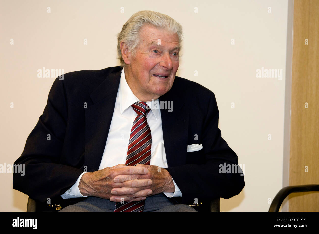 John Jacobs OBE pictured at the PGA training school after being honoured for his contribution to teaching  the game - Stock Image