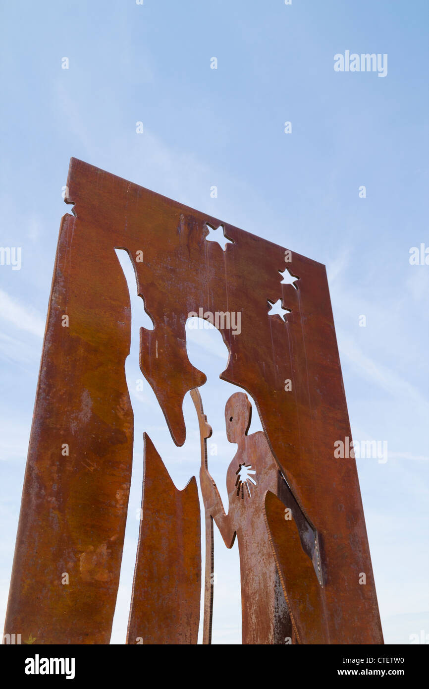Metal Camino de Santiago  sculpture at roadside in Fromista, Palencia province, Spain - Stock Image