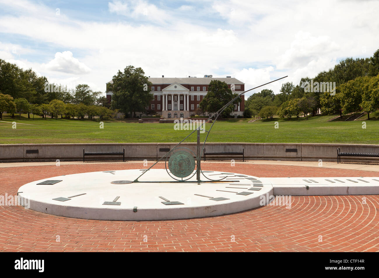 University of Maryland McKeldin Mall sundial - Stock Image