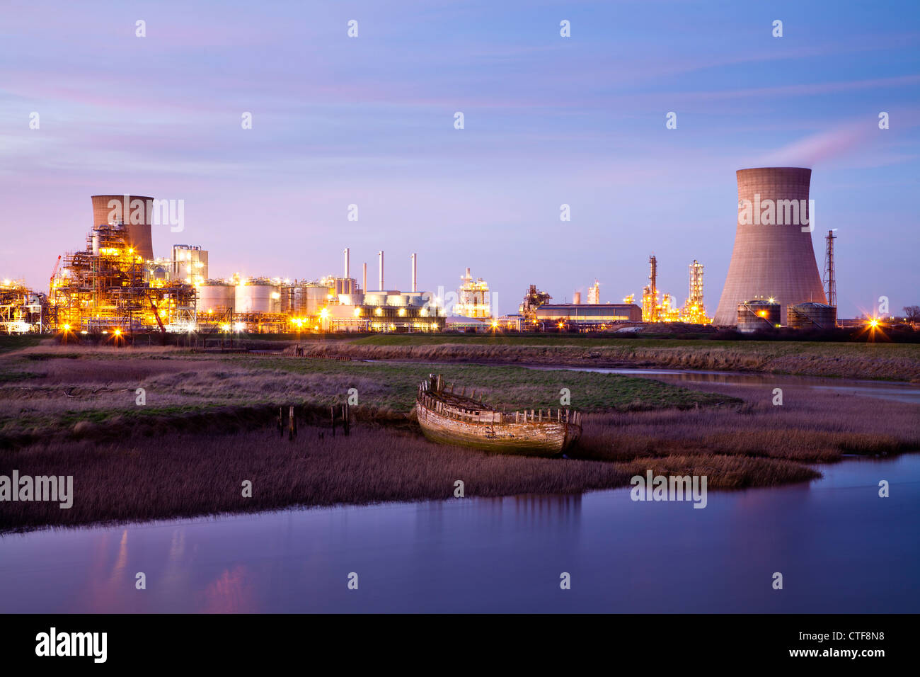 Saltend chemical works and powerstation from Hedon Havon near Paull, East Yorkshire. - Stock Image
