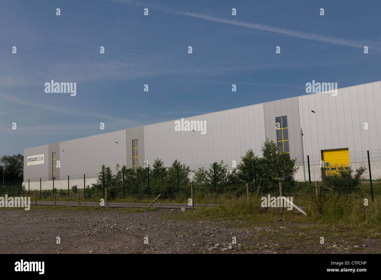 Amazon UK distribution centre at Swansea - Stock Image
