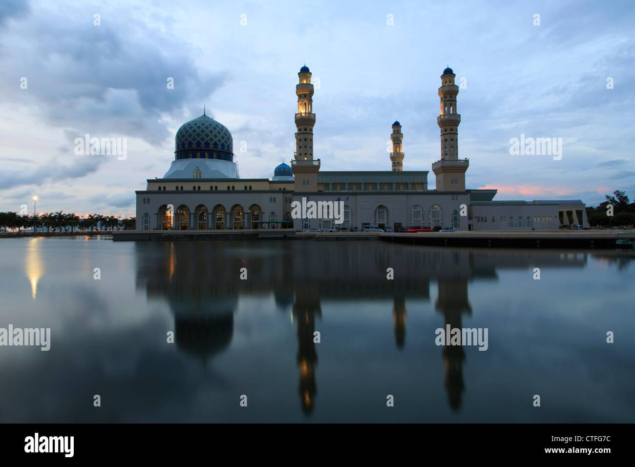 City mosque in Kota Kinabalu, Sabah, Borneo, Malaysia - Stock Image
