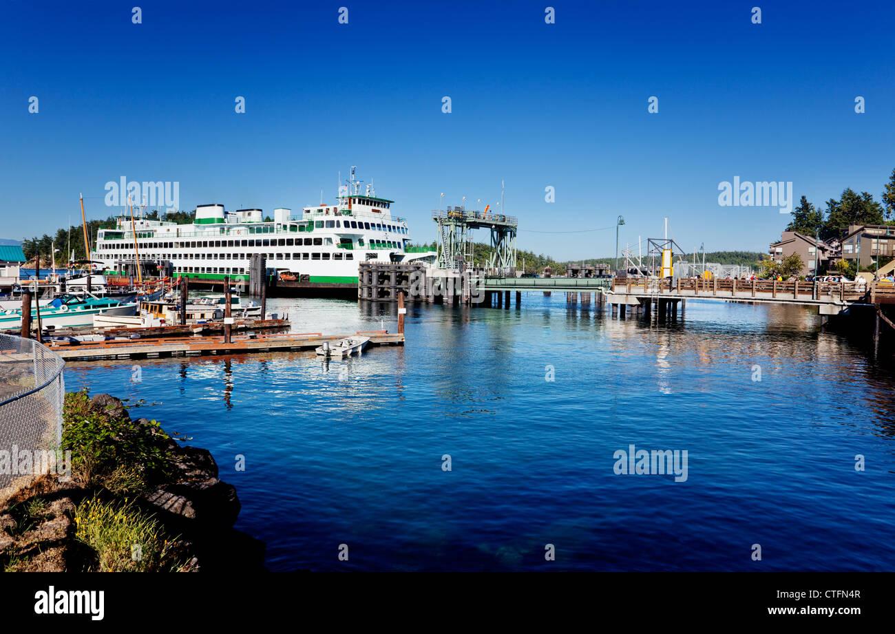 Washington State ferry at the dock in Friday Harbor in San Juan Island, Washington - Stock Image