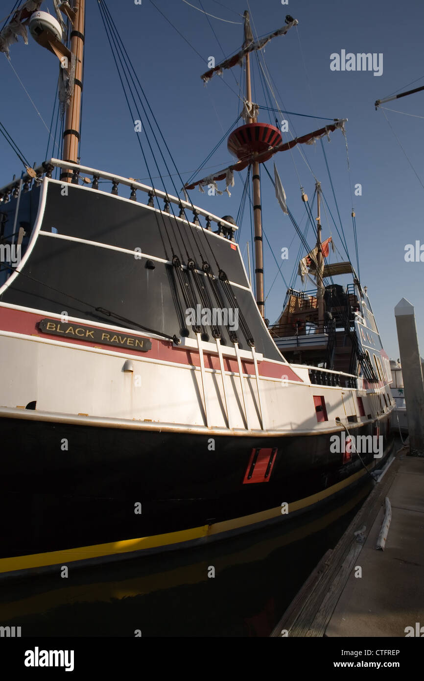 The Black Raven pirate ship docked at the Municipal Marina in St. Augustine Florida - Stock Image
