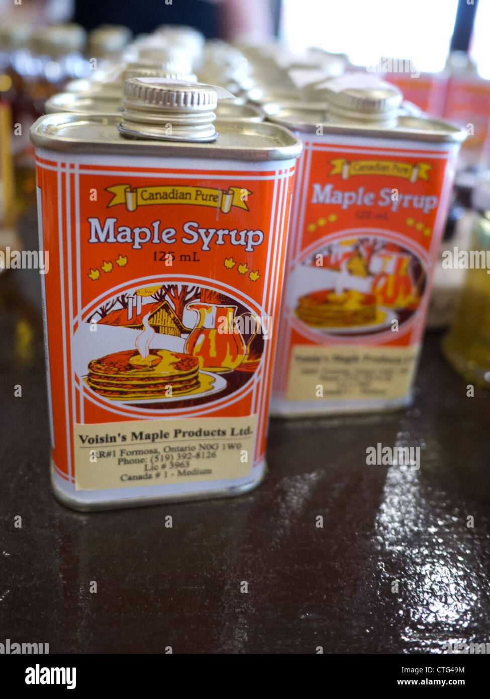 maple syrup can canned canada - Stock Image