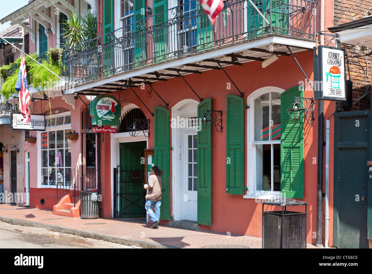 Balcony Restaurants On Bourbon Street