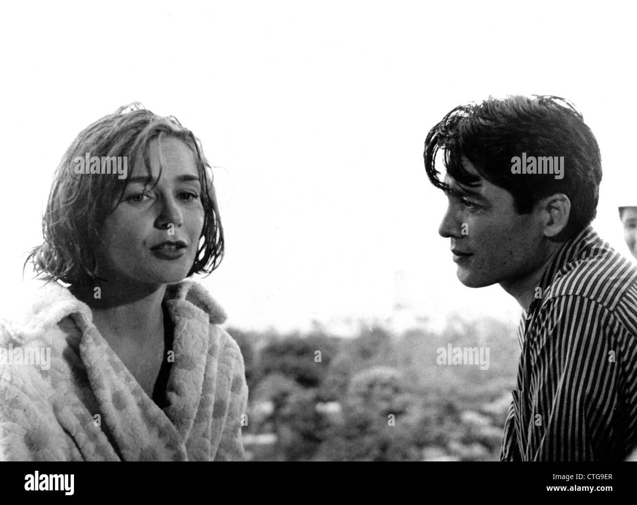 HIROSHIMA MON AMOUR (1959) EMMANUELLE RIVA, EIJI OKADA, ALAIN RESNAIS (DIR) 001 MOVIESTORE COLLECTION LTD - Stock Image