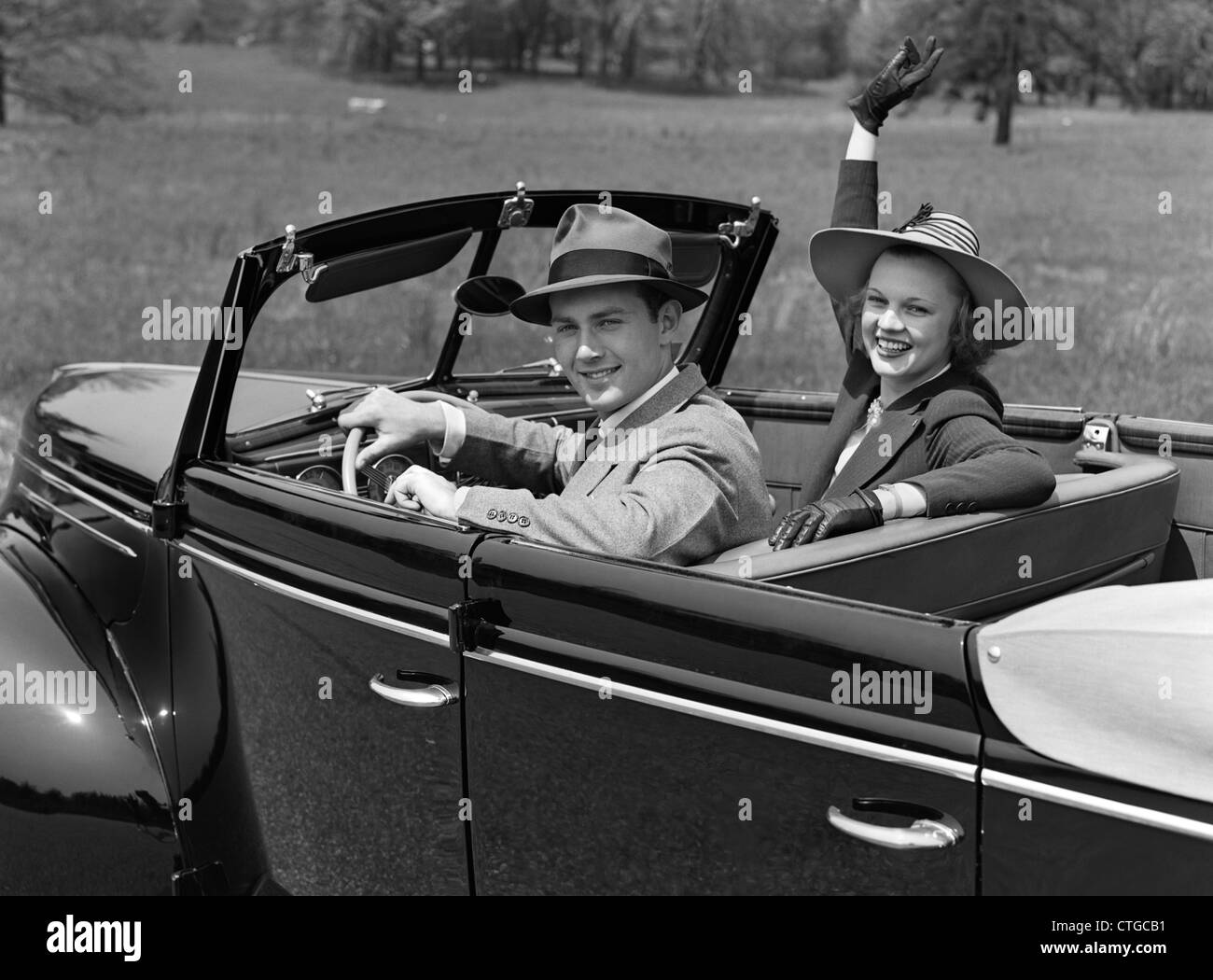 Two Mature Women In Convertible Car High Resolution Stock Photography And Images Alamy