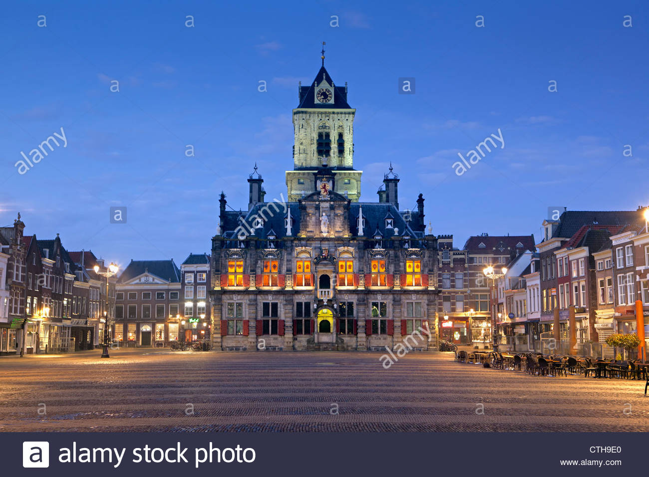 The Netherlands, Delft, Townhall. Dawn. - Stock Image