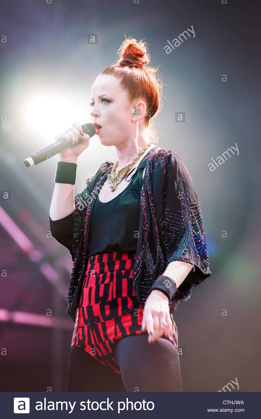 Garbage performing live : singer Shirley Manson - Stock Image
