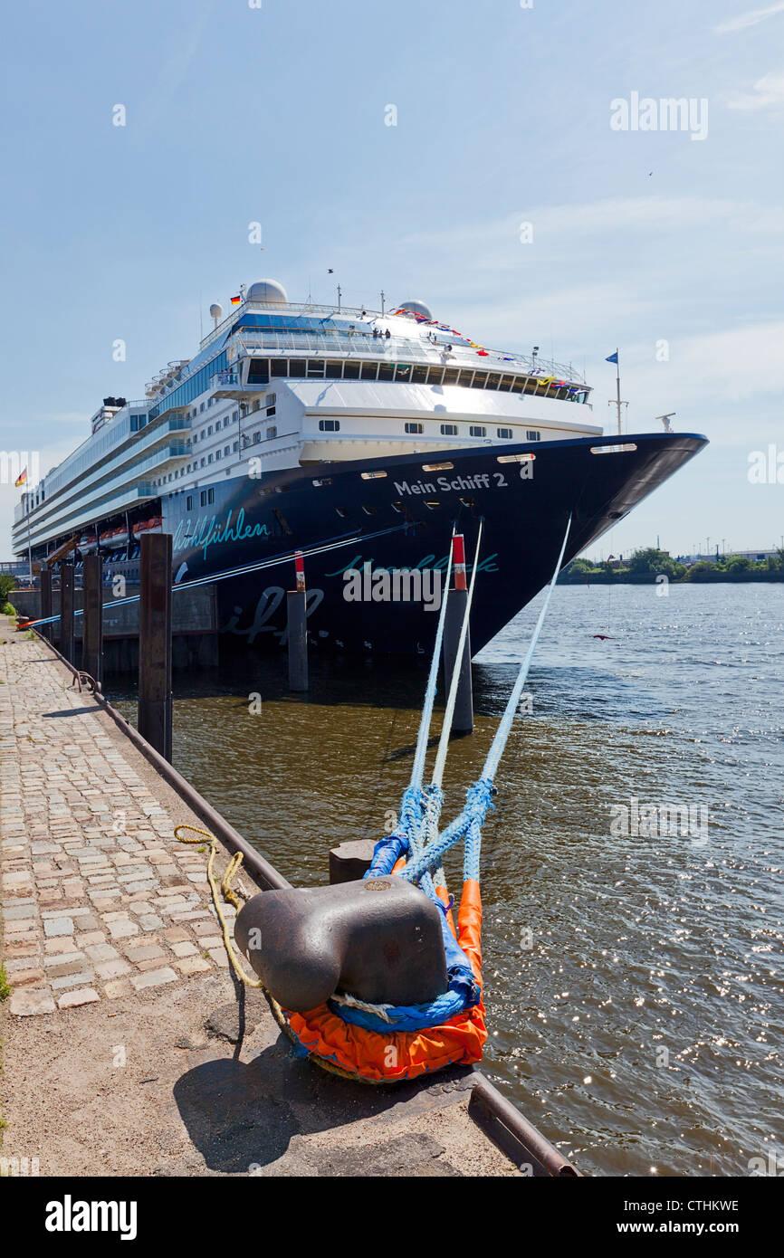TUI Cruises cruise ship 'Mein Schiff 2' anchored at the Port of Hamburg - Stock Image