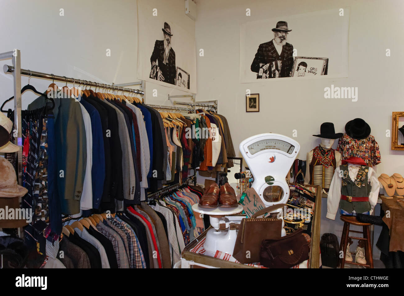 Indoor Market for antiques, clothes , design, juwelry in Greenwich Village, Manhattan, - Stock Image
