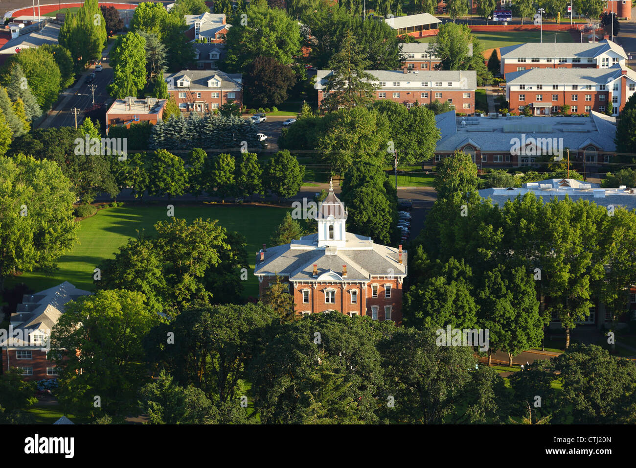 Aerial view of Linfield College Campus, McMinnville, OR - Stock Image