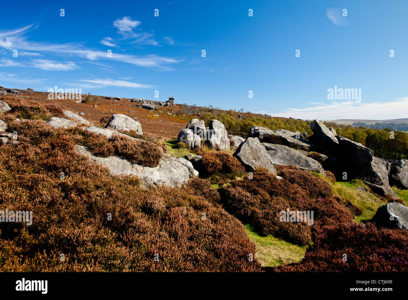 Mother Cap - an isolated millstone grit pillar in the Peak District National Park Derbyshire England UK - Stock Image