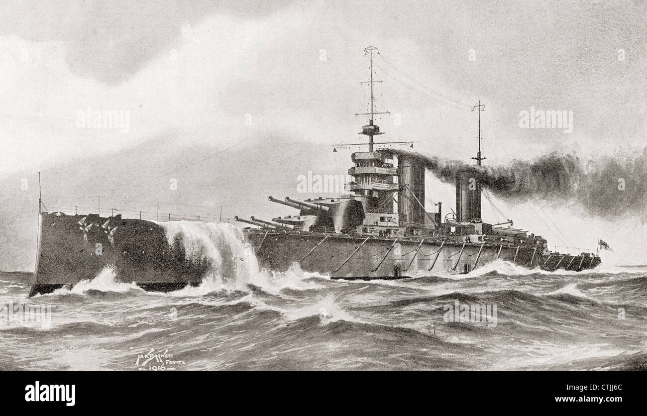 The battlecruiser HMS Queen Mary, sunk in the Battle of Jutland during World War I. From The Year 1916 Illustrated. - Stock Image