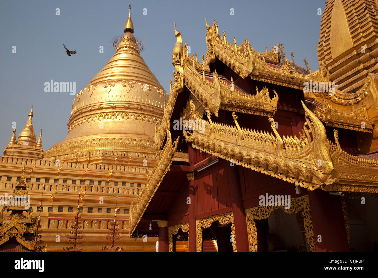 Shwezigon Pagoda (Paya) - a Buddhist temple located in Nyaung U, Myanmar (Burma). Stock Photo