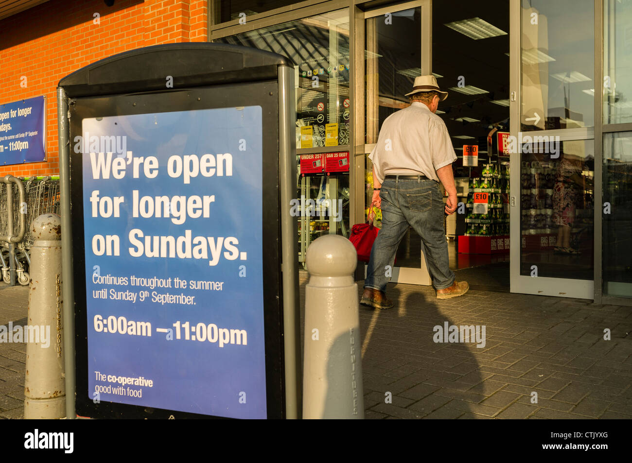 Co-Op store uk, advertising longer sunday opening hours during summer 2012 while the Olympics and Para-Olympic games - Stock Image