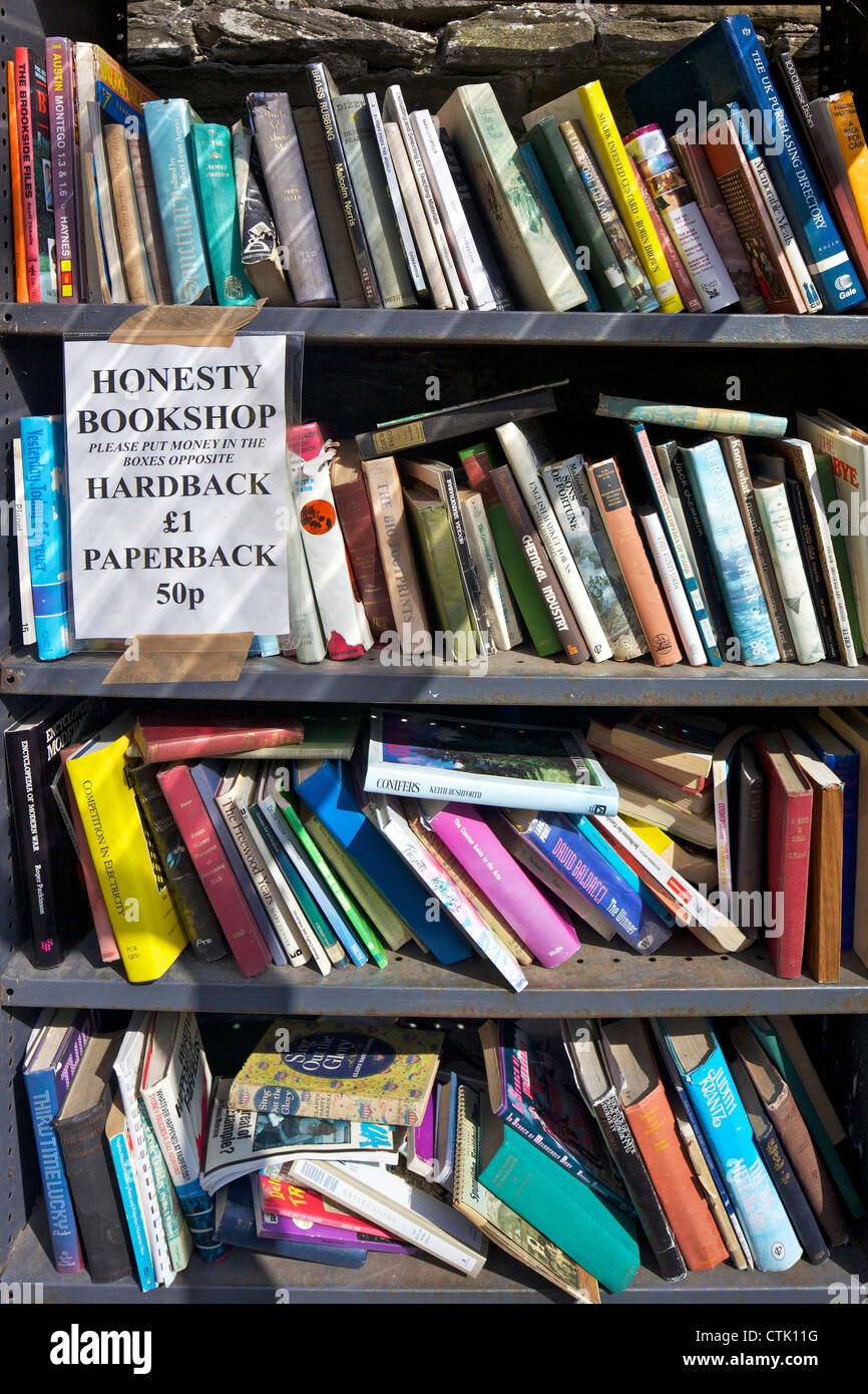 Secondhand books for sale in Hay Castle Bookshop, Hay-on-Wye, Powys, Wales, Cymru, UK, United Kingdom, GB, Great - Stock Image