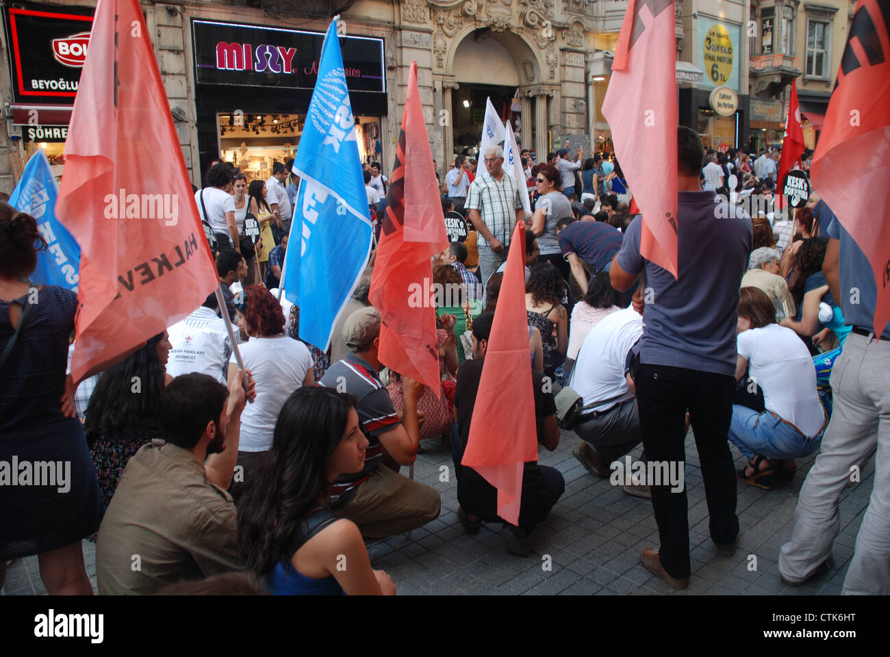 An anti-government demonstration in the heart of Istanbul. Picture by: Adam Alexxander/Alamy - Stock Image