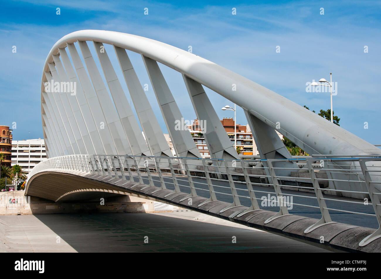 Exposition Bridge or Puente de la Exposición by architect Santiago Calatrava, Valencia, Spain - Stock Image