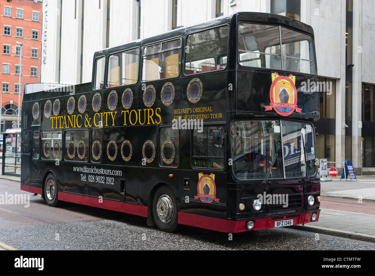 Titanic & City Tours bus in Belfast, Northern Ireland. - Stock Image