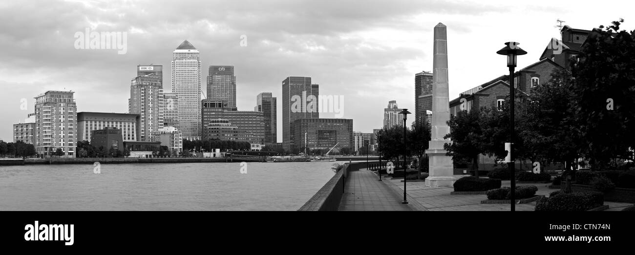 Canary Wharf Financial District At Dusk, Viewed Across The River Thames, London, England - Stock Image