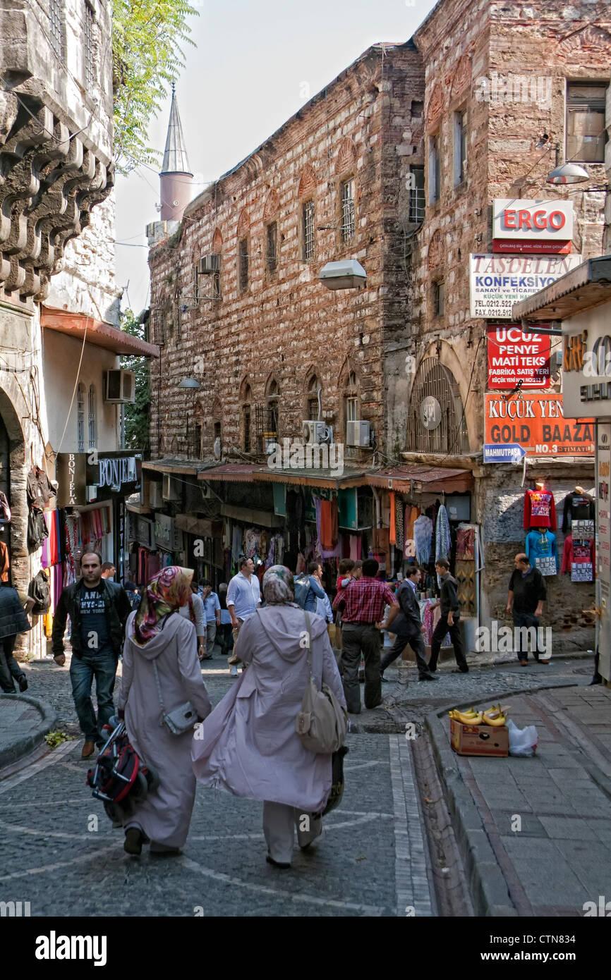 Busy Street near Grand Bazaar, Istanbul, Turkey - Stock Image