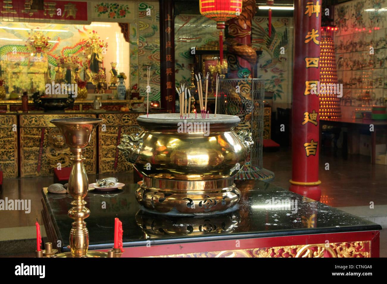 Interior of Chinese buddhist temple, Bandar Seri Begawan, Brunei, Southeast Asia - Stock Image