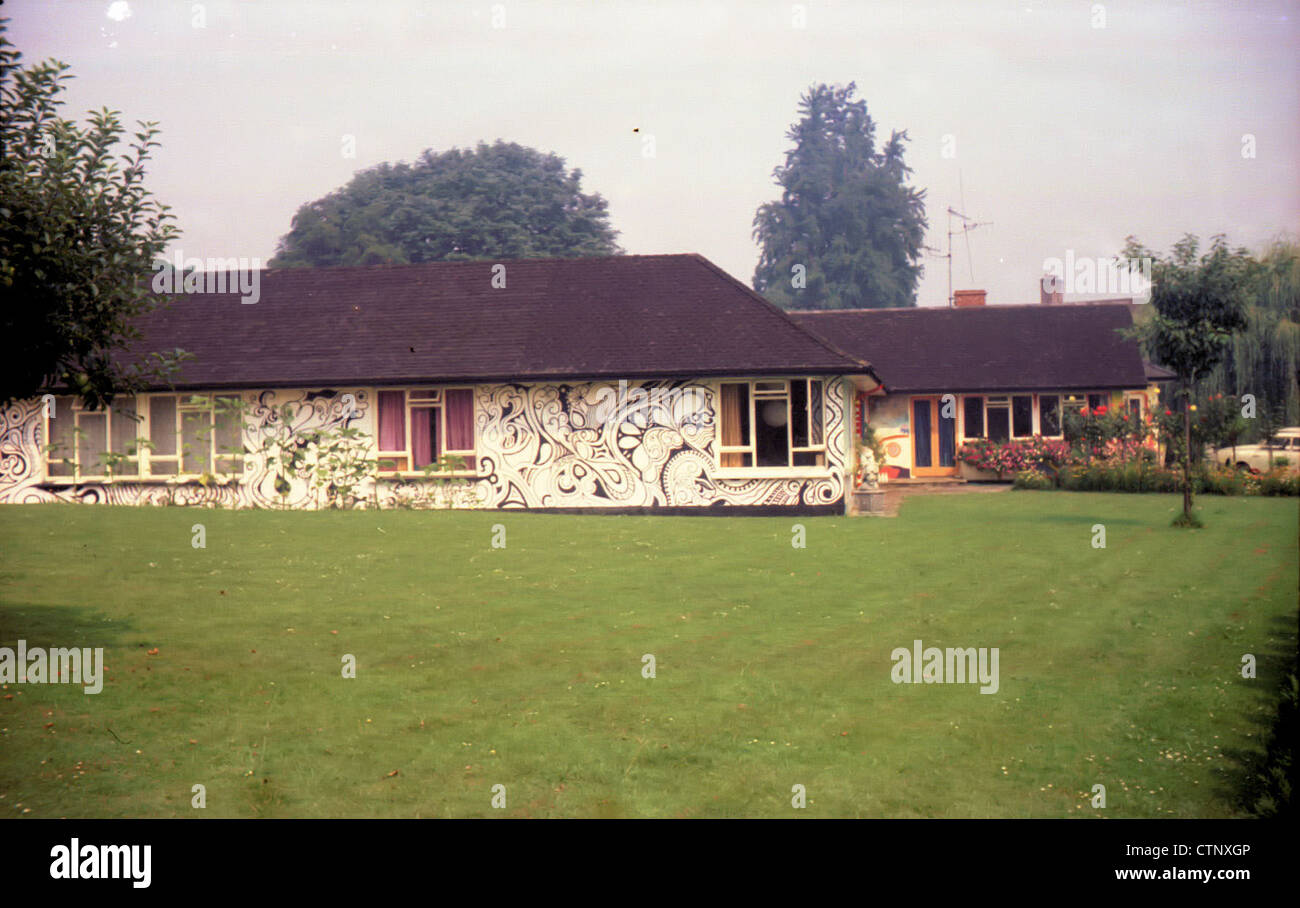 003699 - George Harrison's House Kinfauns in Esher, Surrey on 8th August 1969 - Stock Image