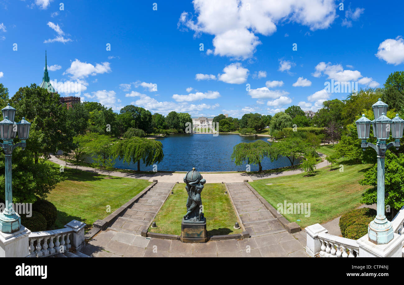 View over Wade Lagoon towards the Cleveland Museum of Art, University Circle district, Ohio, USA - Stock Image