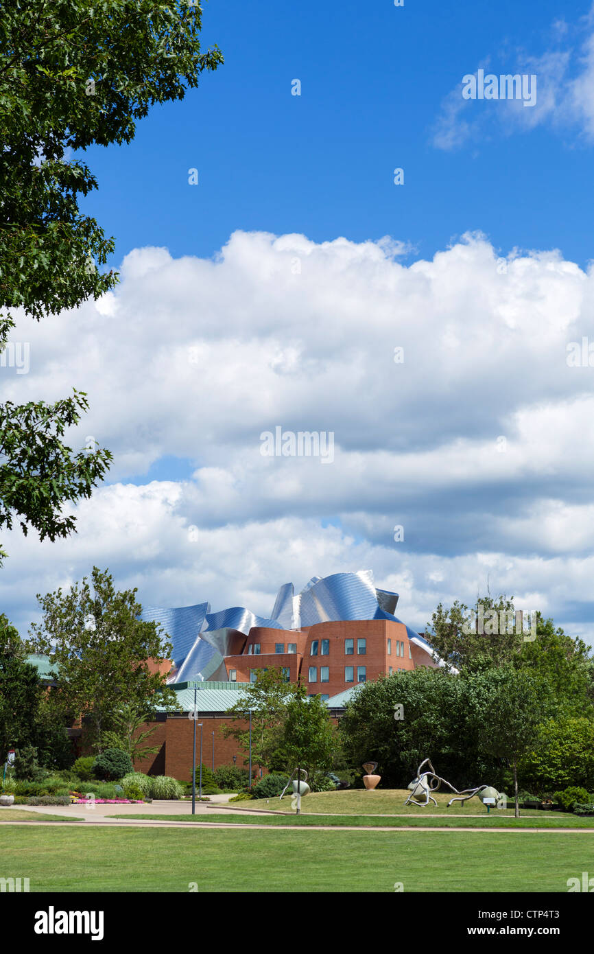Frank Gehry designed Peter B Lewis Building at Case Western University School of Management, University Circle, - Stock Image