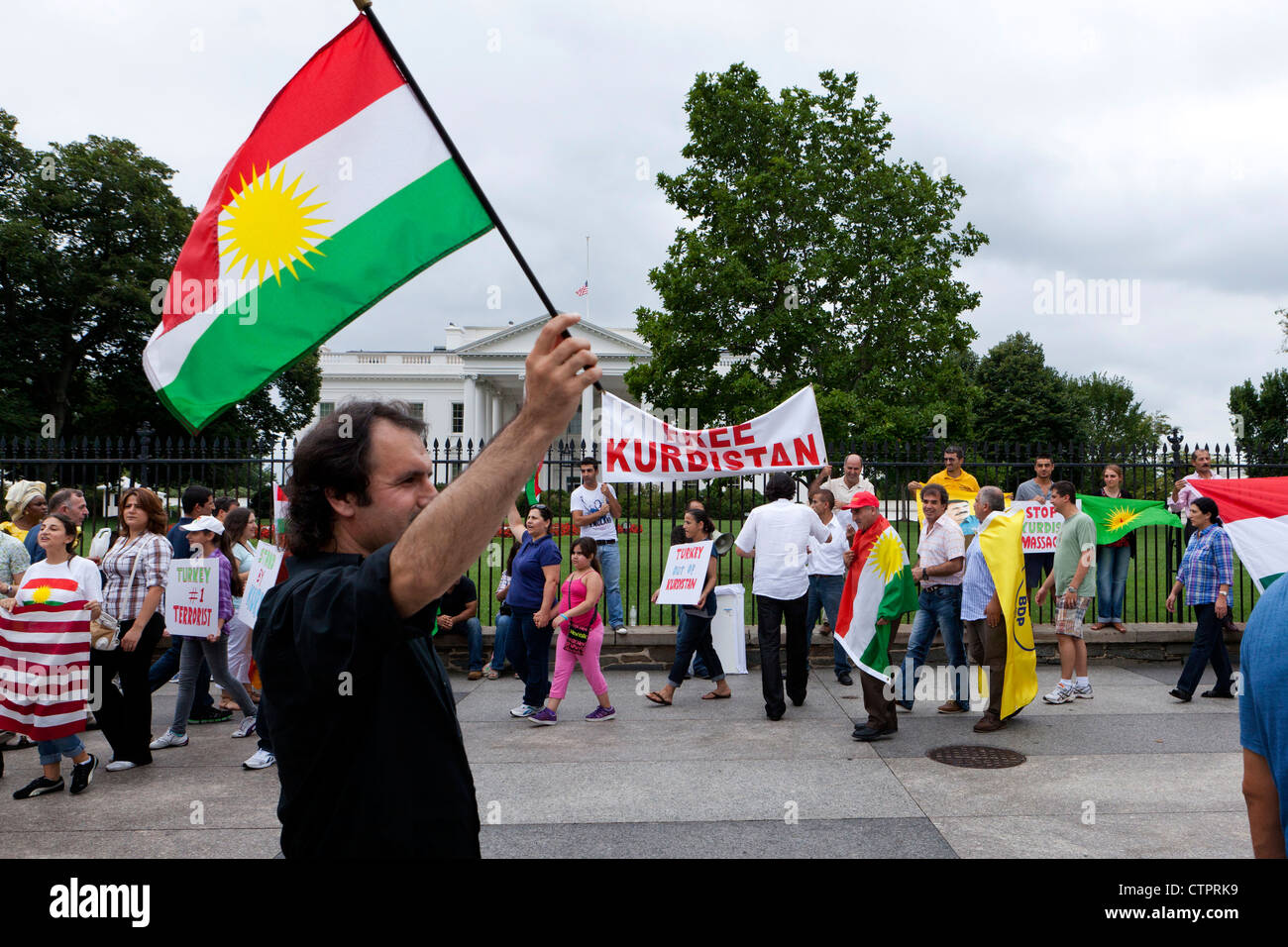 American Kurds protest in front of the White House - Stock Image