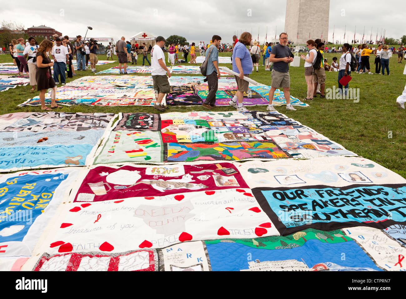 AIDS Memorial Quilt panels are put on display on the Mall to mark its 25th anniversary - Stock Image