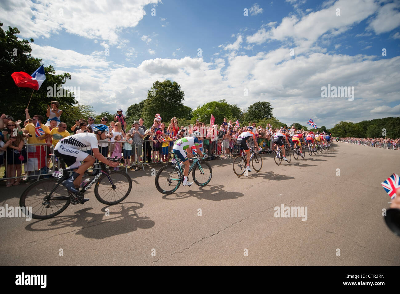 London Olympic Games 2012, Cycling; Mens Road Race inbound in Richmond Park 28.7.12 - Stock Image
