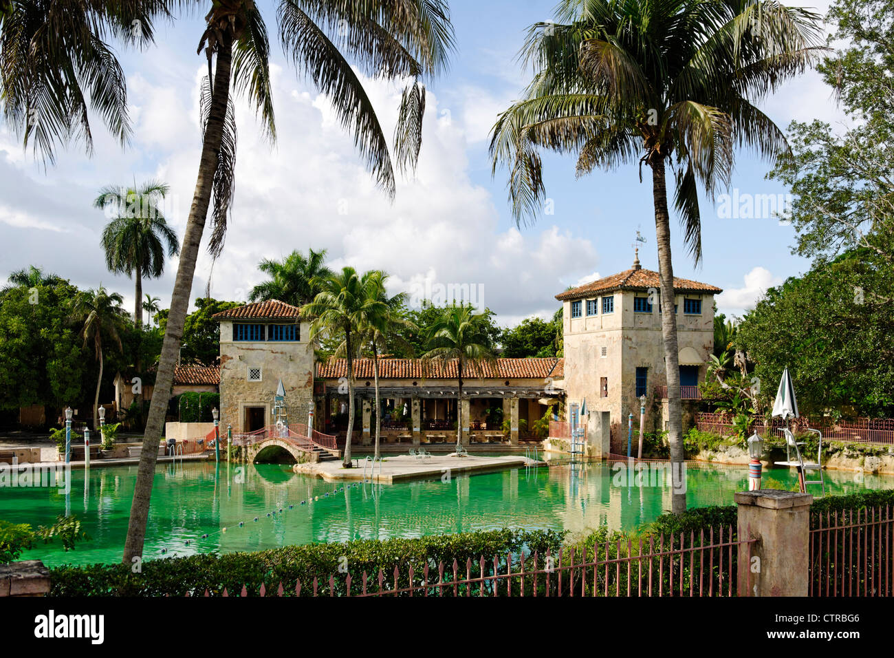 Venetian Pool in a Coral rock quarry in the prestigious former Coral Gables, Miami, Florida, USA - Stock Image