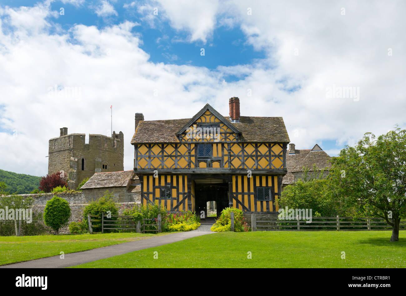 Gatehouse at Stokesay Castle Shropshire England - Stock Image