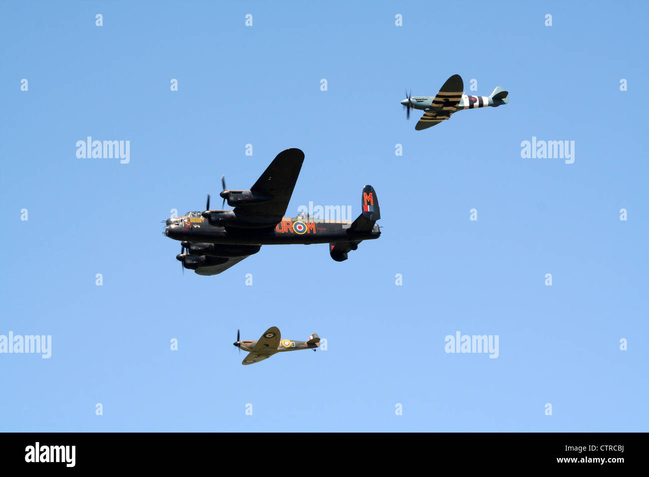 Historical WW2 planes flyby - Stock Image