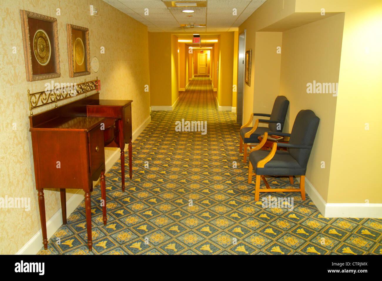 motel hotel hallway stock photos motel hotel hallway stock images rh alamy com Entrance Furniture Entryway Hallway Furniture
