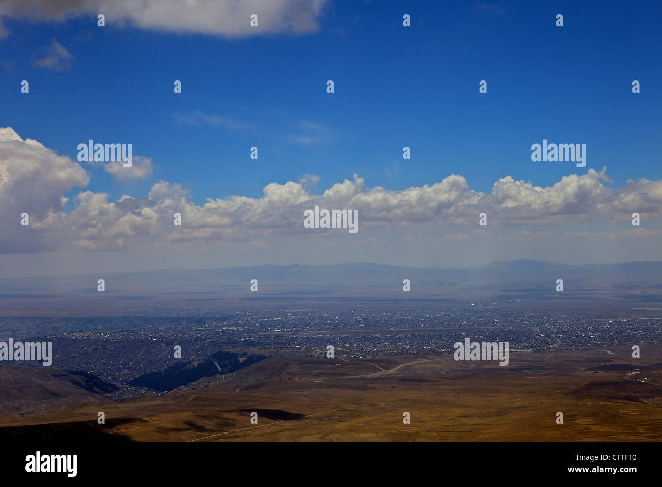 View from Mt. Chacaltaya La Paz in distance, Calahuyo, Bolivia, Andes, South America, - Stock Image
