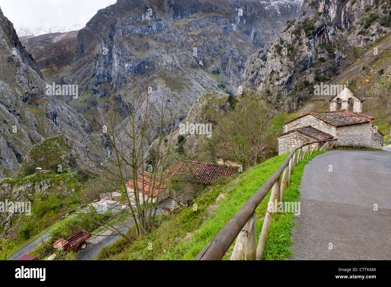 Small church in Camarmena Village on a shoulder of the Garganta del Cares gorge, - Stock Image
