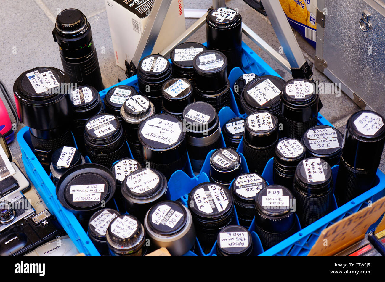 collectible old lens for sale in El Rastro flea market in Madrid, Spain - Stock Image