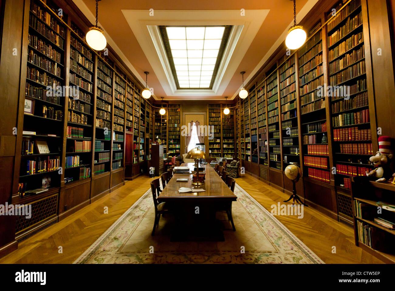 Main library of the Scottish Rite of Freemasonry  Washington , DC - Stock Image