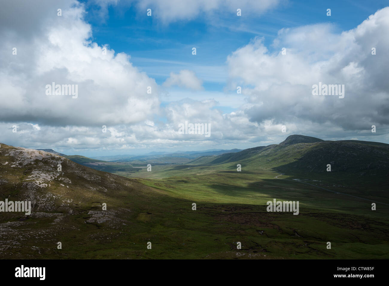 View from Mount Errigal of the range of Derryveagh Mountains in Glenveagh national park, Donegal, Ireland. - Stock Image