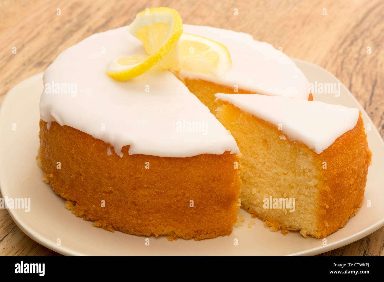 White Drizzle Icing For Bundt Cake