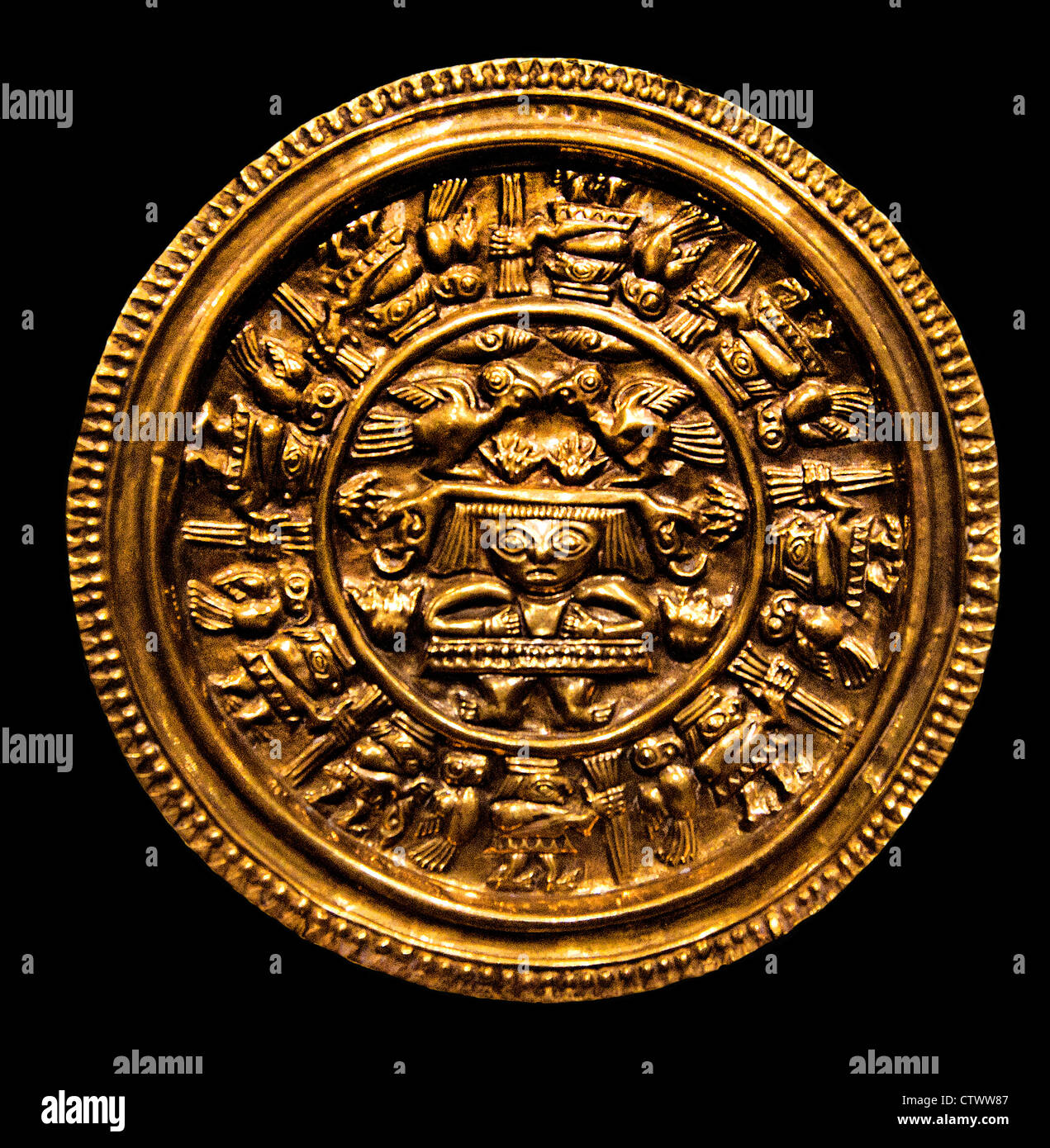 Earflare Frontal 12th–15th century Peru Chimú  Gold  Diam. 4 1/8 in. (10.48 cm) - Stock Image