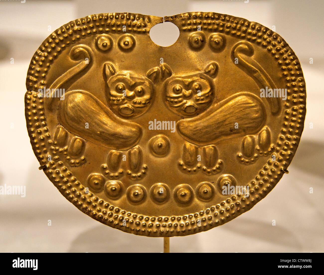 Nose Ornament 2nd – 6th century  Peru Culture Vicús Peruvian Gold H. 3 3/8 x W. 4 3/8 in. (8.6 x 11.1cm) - Stock Image