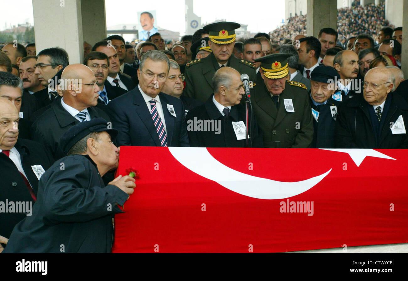 Funeral of former Turkish prime minister Bulent Ecevit in Ankara Turkey - Stock Image