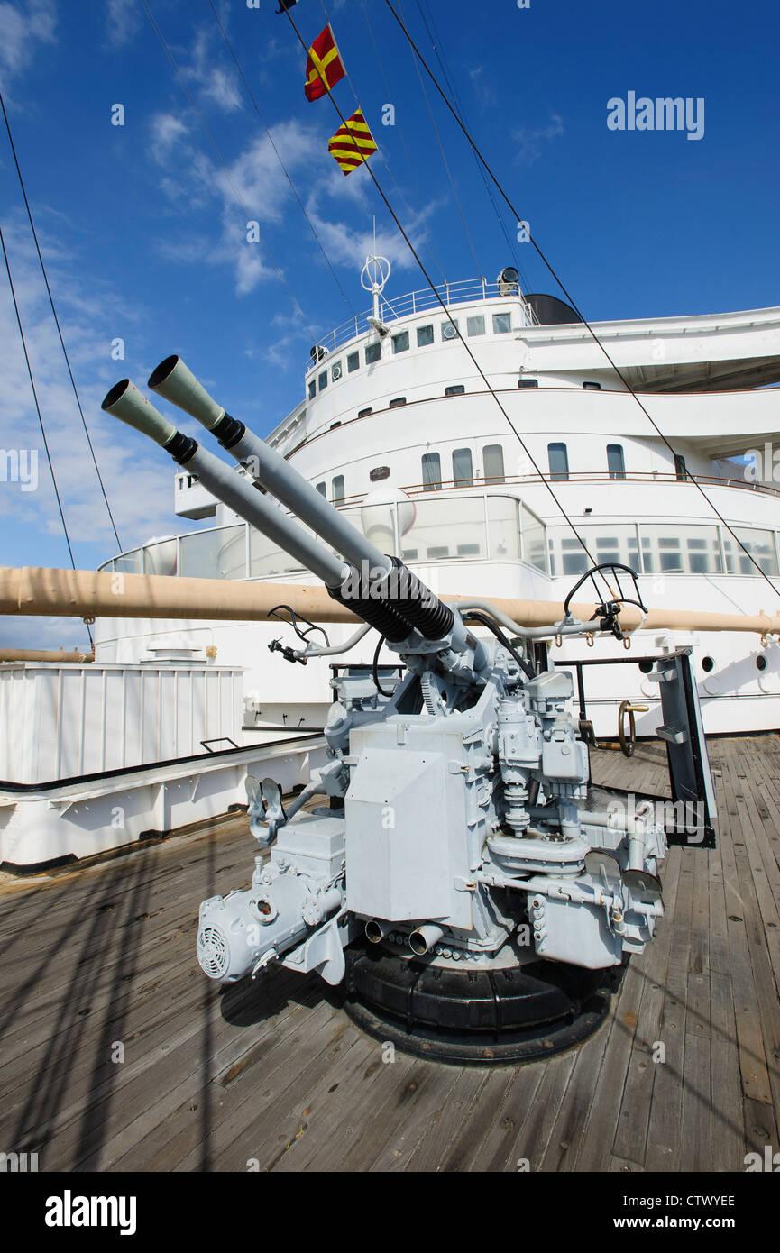 An Anti Aircraft Gun on board the Queen Mary, Long Beach