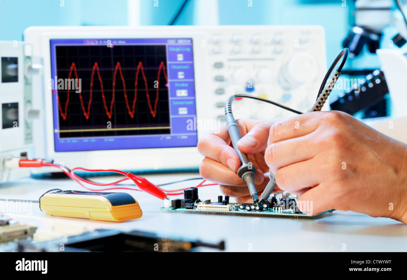 Oscilloscope Stock Photos & Oscilloscope Stock Images - Alamy